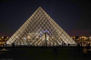 Paris 1° Pyramide du Louvre